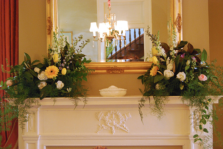 dining-room-mantle